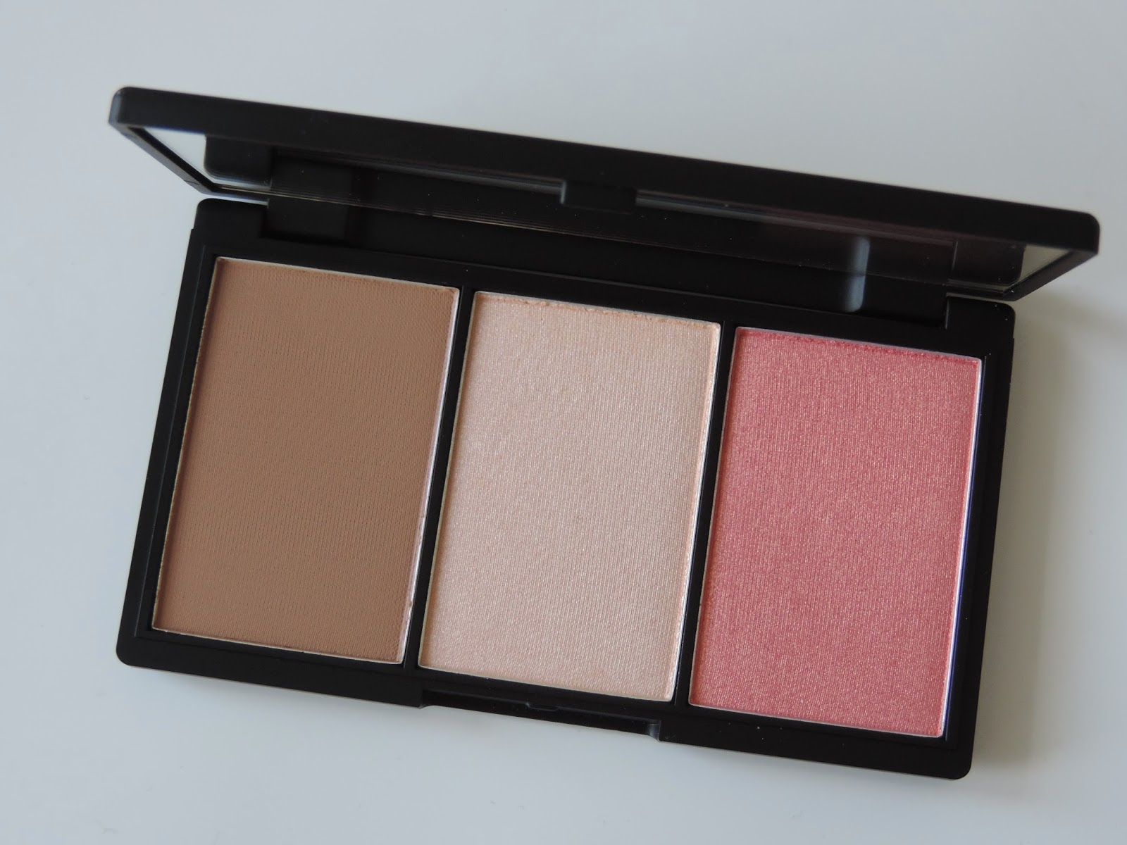 Sleek Makeup Face Form Contour & Blush Palette