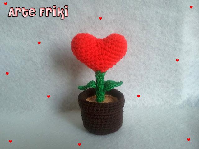 planta corazón amigurumi heart crochet ganchillo