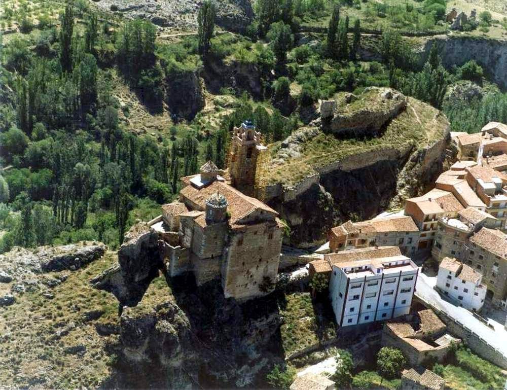 iglesia-fortaleza-castielfabib-vista-aerea