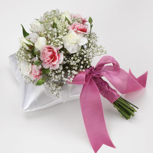 Bridal Bouquet Throwing : Wedding bouquets florist bridal toss bouquet