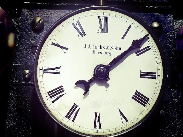 ceas turnul sfatului