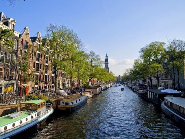 Wester Kerk en el Prinsengracht de Amsterdam