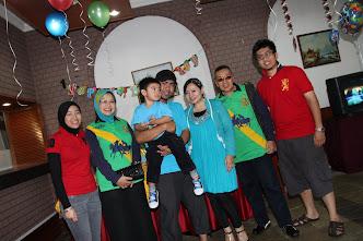 Nini Lumut (Nini Boy/Nini Gal/MamaUsu) + Warya Family