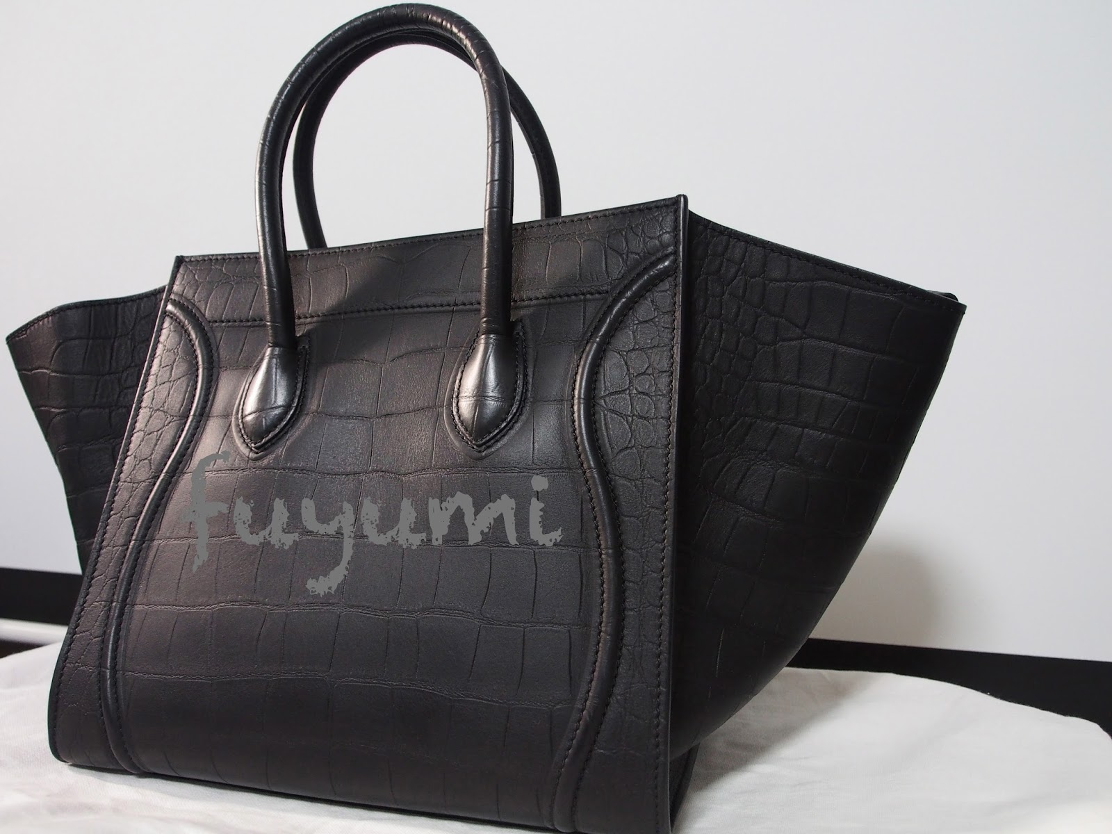 neon pink celine bag - Lyn's Blogalicious: Review : Celine Croc Embossed Phantom