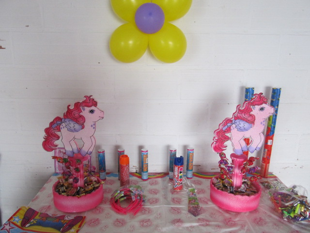 DECORACION CON GLOBOS MY LITTLE PONY - PEQUEÑO PONY | Fiestas ...