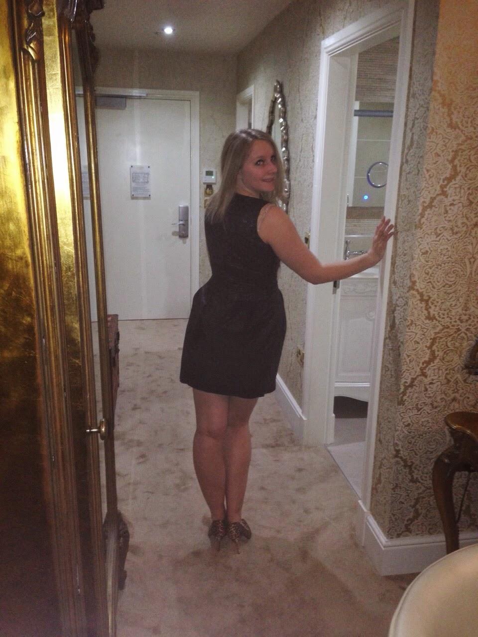 Flock dress, LBD
