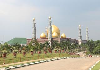 Masjid Dian Al-Mahri Masjid Kubah Emas Depok