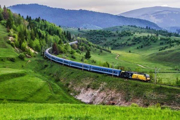 Székely Gyors, Csíksomlyó Express, zarándokvonat, Csíksomlyó, csíksomlyói búcsú, II. Rákóczi Ferenc, ezeréves határ,