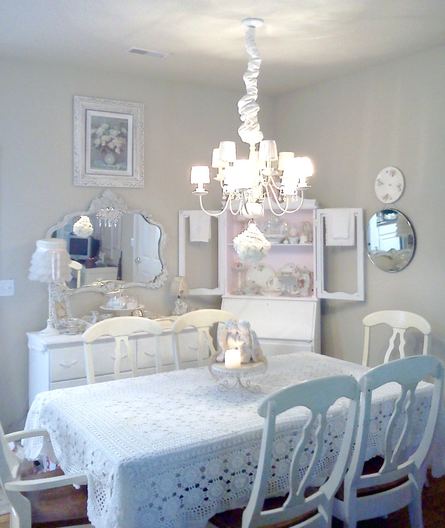 Olivia 39 s romantic home shabby chic dining room transformation - Shabby chic dining rooms ...
