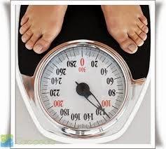 APK Kesehatan - BMI Caluculator (Gambar ilustrasi pengukuran berat badan ideal - Source Pict: Carapedia.com)
