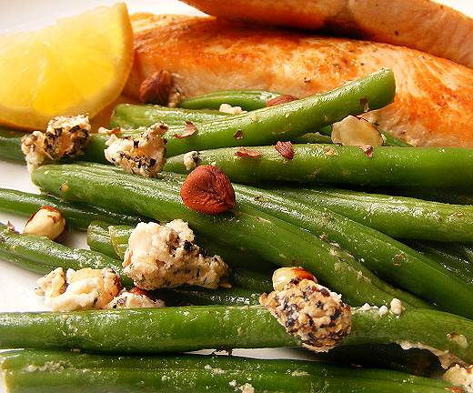 Salad of Green Beans with Lemon, Garlic, Toasted Hazelnuts and ...