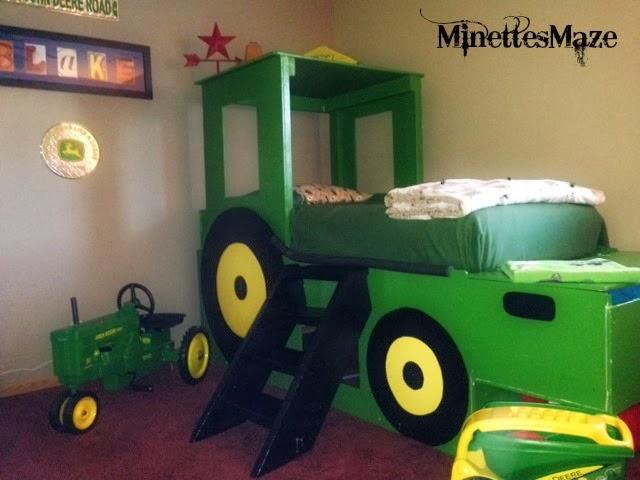 Minettesmaze john deere room for John deere bedroom ideas