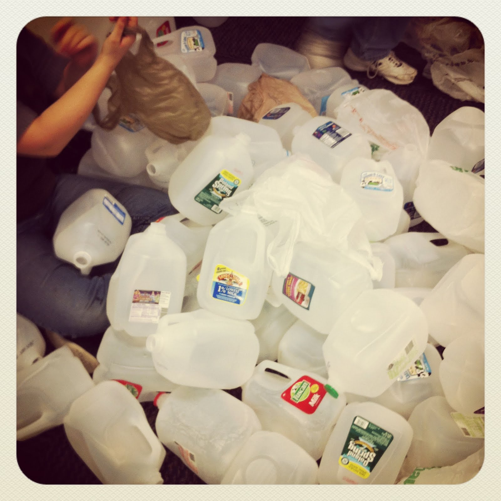 Adventures of a misfit librarian milk jug igloo for How to build an igloo out of milk jugs
