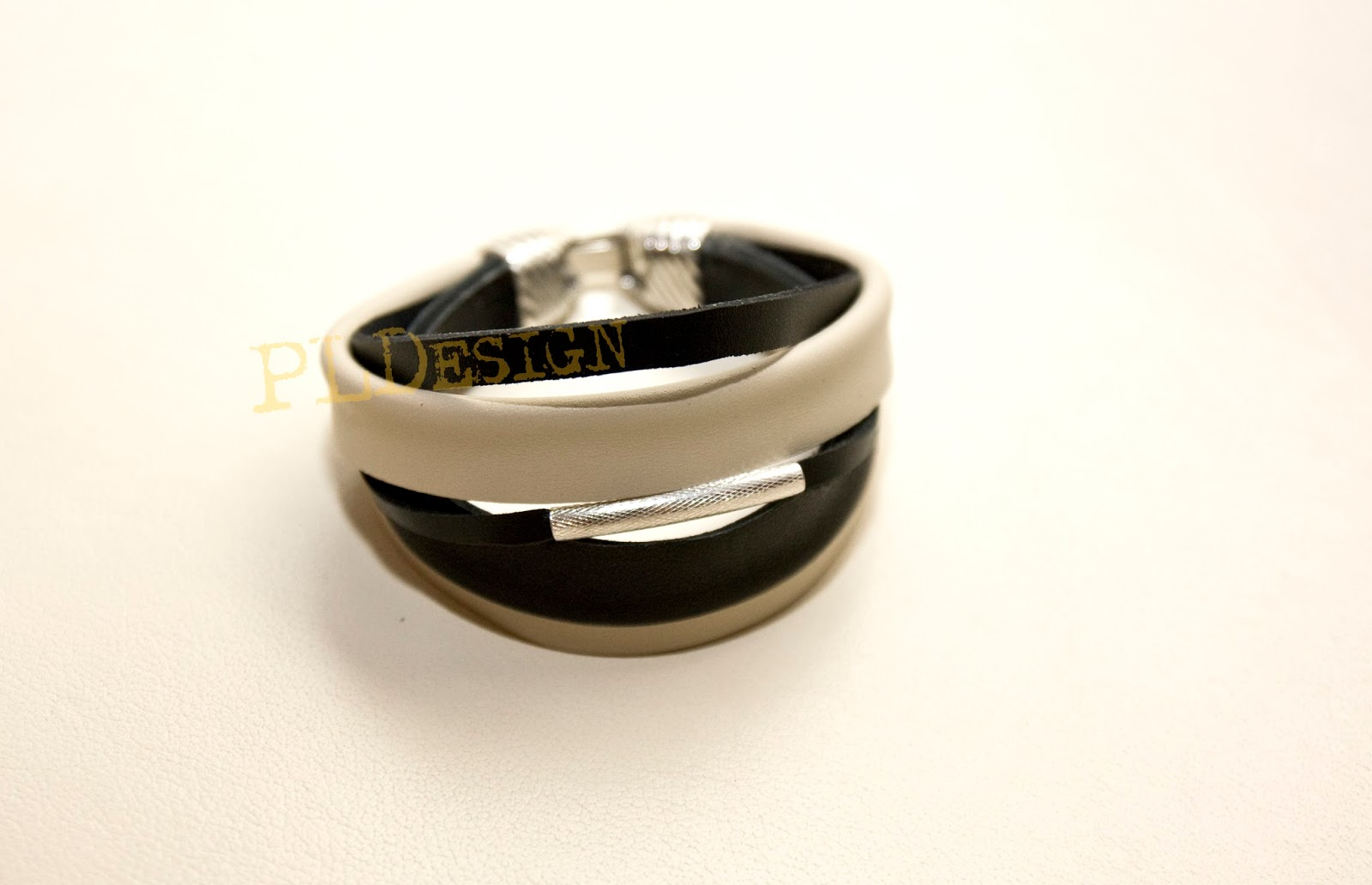 Biżuteria autorska z prawdziwej skóry PLDsgn