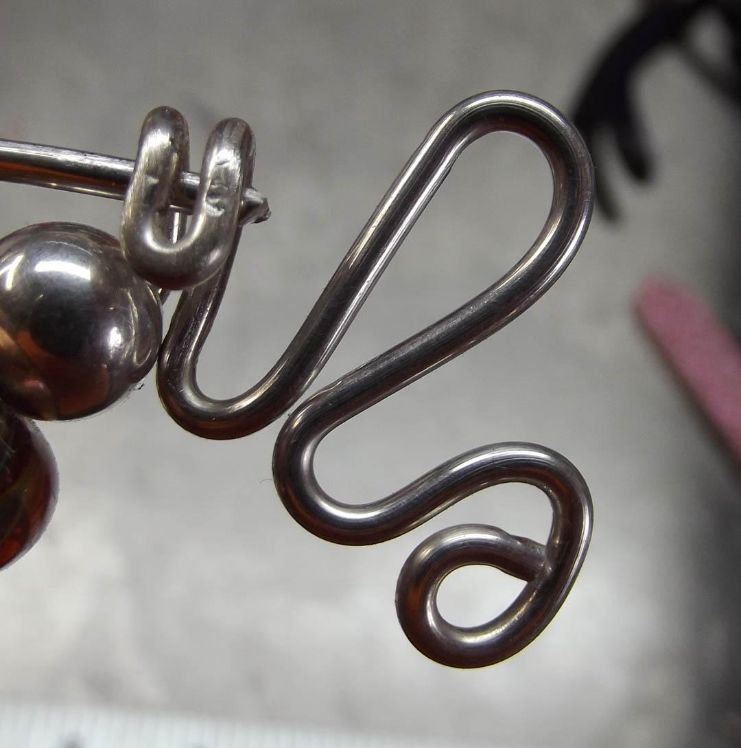 DEBORHREAD.COM: Fibula - Shawl Pins - step by step