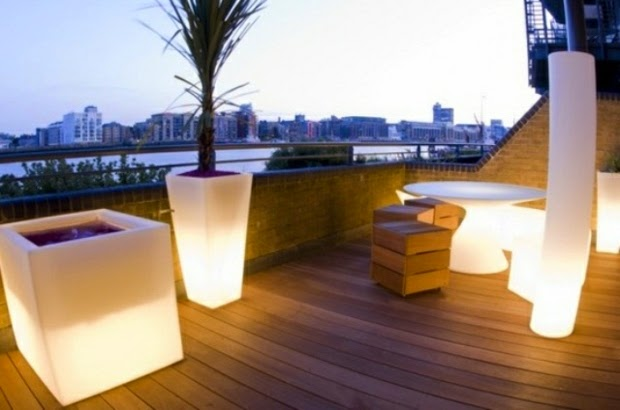 20 outdoor led lighting ideas how to illuminate a terrace for Terrace lighting