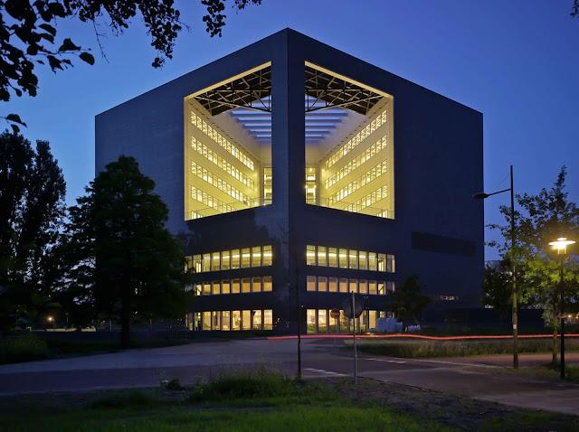 03-Orion-Wageningen-University-by-Ector-Hoogstad-Architecten