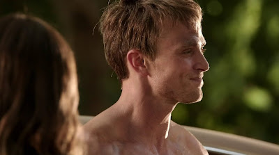 Wilson Bethel Shirtless in Hart of Dixie s2e01
