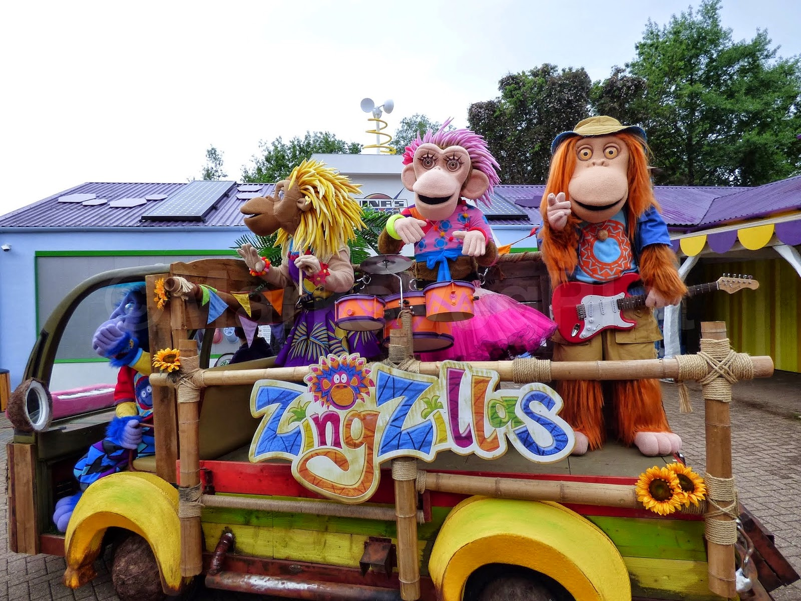 Zingzillas at CBeebies Land