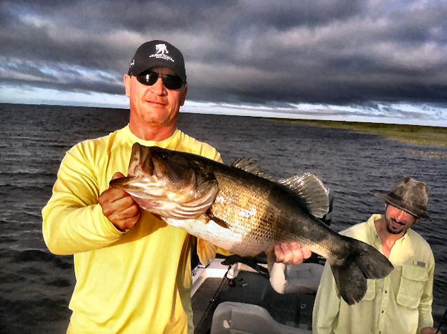 Lake okeechobee bass fishing guide for Bass fishing guide
