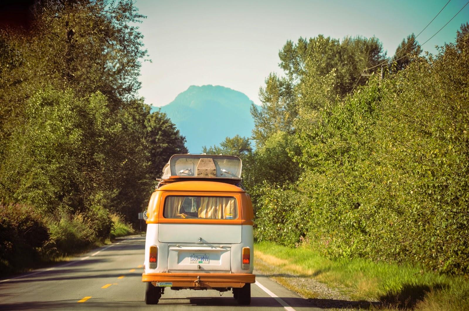 Van on the road \ Фургон на дороге