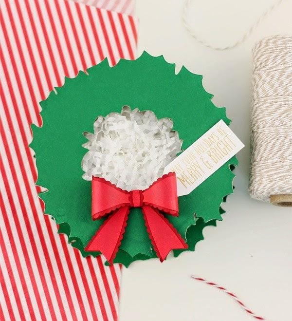C mo hacer cajas de navidad con cart n mimundomanual for Como hacer cajas de carton para regalo