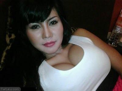 tips merangsang wanita dari bentuk payudaranya