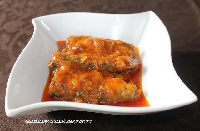 Caril+de+Sardinhas+em+Conserva+de+Tomate