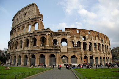 Vista del Coliseo de Roma - Ejemplos de Arquitectura