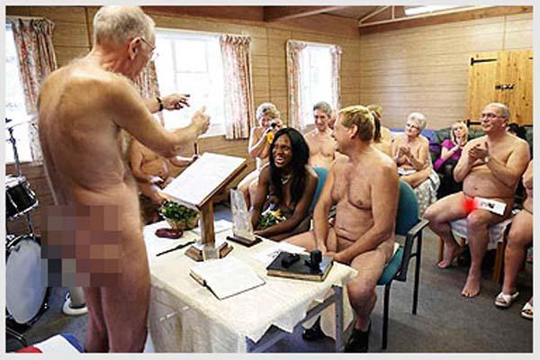 foto-foto Pasangan Pengantin suami istri Bugil dan telanjang