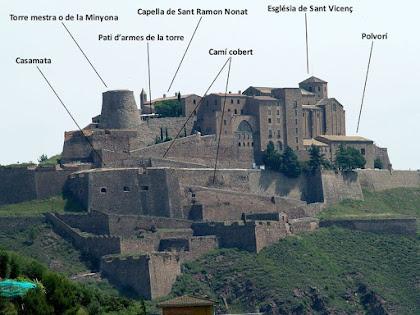 El Castell de Cardona des del Parc Cultural de la Muntanya de Sal
