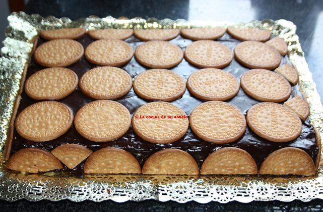 Tarta de galletas o tarta de la abuela - Cocina casera de la abuela ...