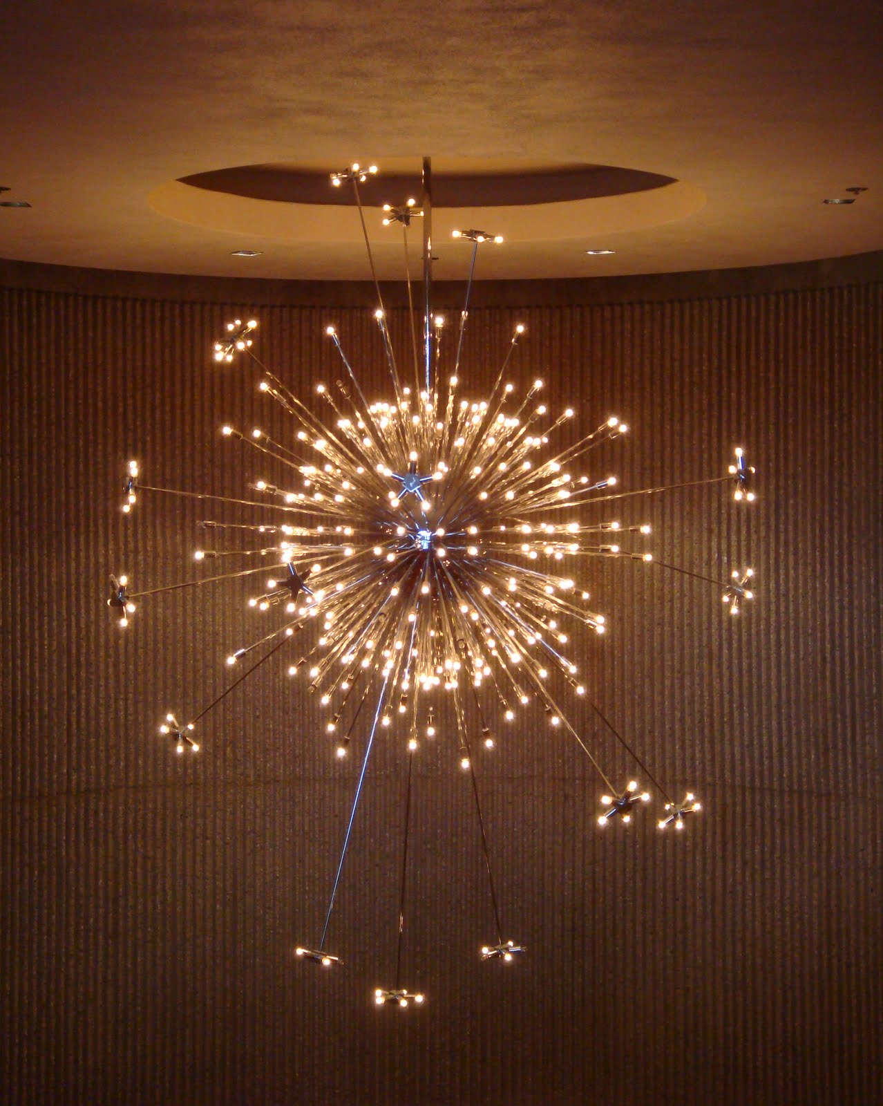 Modern Lighting The Sputnik Starburst Chandelier At Palm Springs Desert Museum Credit Nova68 Com