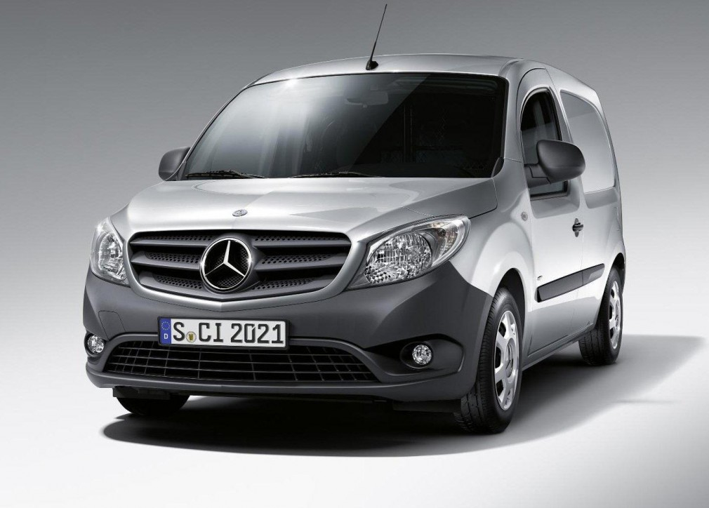 car barn sport mercedes benz citan 2013. Black Bedroom Furniture Sets. Home Design Ideas