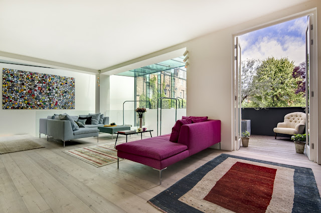 Picture of pink and grey sofas in the modern living room