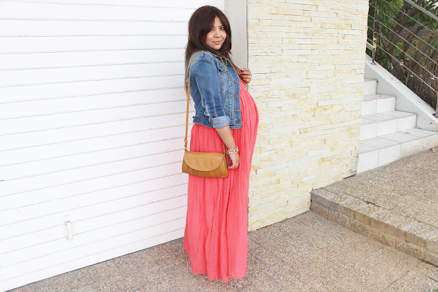maternity style, maxi dress, 34 weeks pregnant, denim jacket