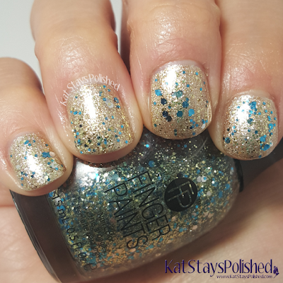 FingerPaints Tis the Season to Sparkle - Be Merry & Sparkle | Kat Stays Polished