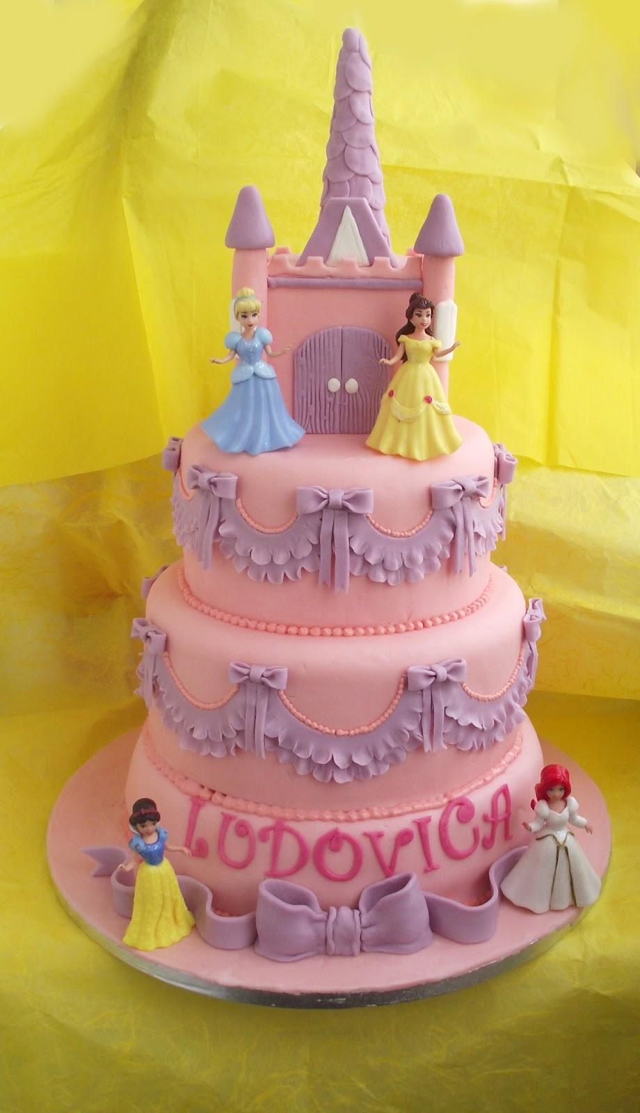torte di principesse torta principesse : Lui e Lei in Cucina: Torta principesse Disney ... di Valeria