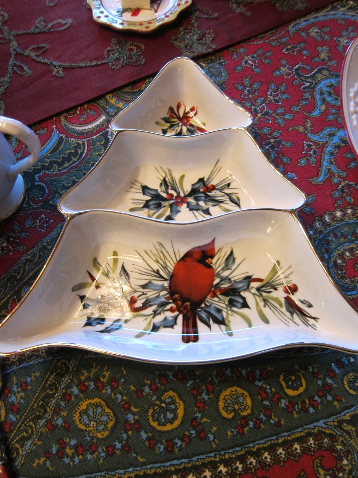 A Graceful Table Christmas In The Pines