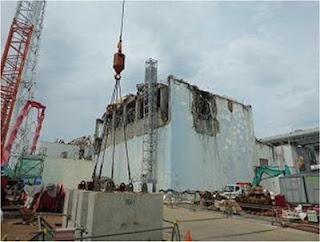 L'edificio del reattore 4 come si presenta ora, con tutti i detriti rimossi dal piano operativo