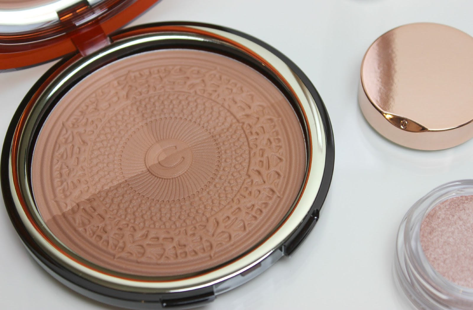 A picture of Clarins Aquatic Treasures Summer Bronzing Compact