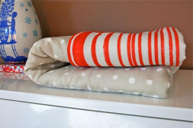http://tonicoward.blogspot.com.au/2011/10/nani-iro-lap-quilt.html