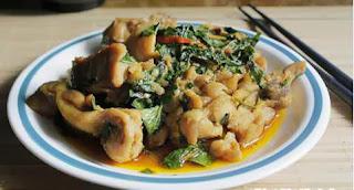 Món ăn ngon: Thịt Gà rang lá lốt