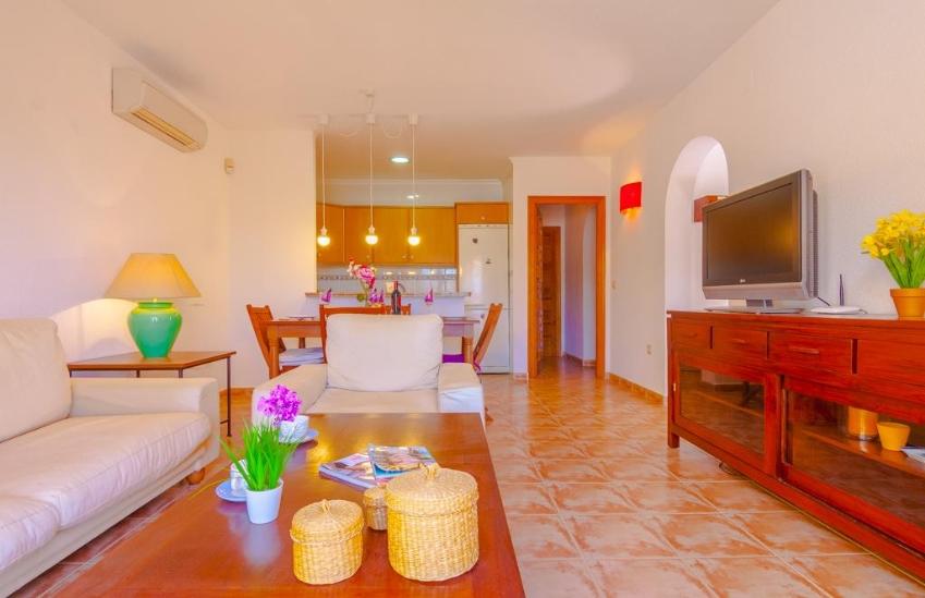 Disfruta de tus vacaciones, en el Mediterráneo, Costa Blanca en esta fantástica Casa de vacaciones.