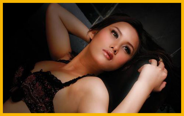 Model Majalah Dewasa Silvia Vee