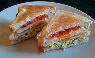 Cocina con Aníbal un sabroso Sandwich de pollo