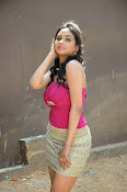 Pooja Sri Glam pics at Weekend Love pm-thumbnail-6