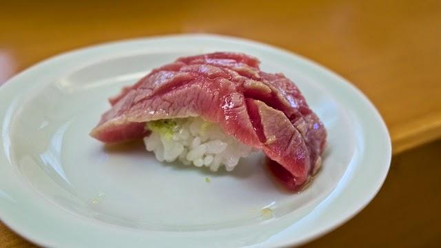 鮨 小松弥助 炙りトロ