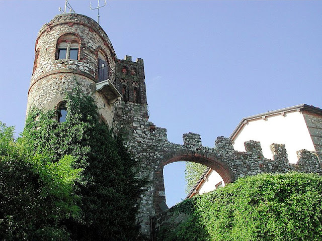 Castello di Desenzano or Desenzano Castle stands sentinel above the village below.