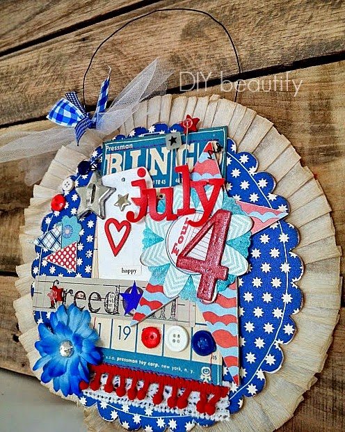 vintage-inspired door decor for July 4th